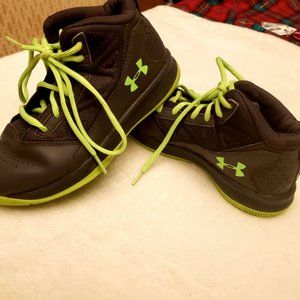Boys Grey & Green Leather Under Armour Sneakers 3Y